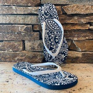 Ladies paisley flip flops